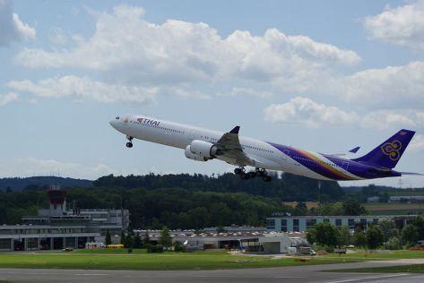 800px-Thai_Airways_A340-min