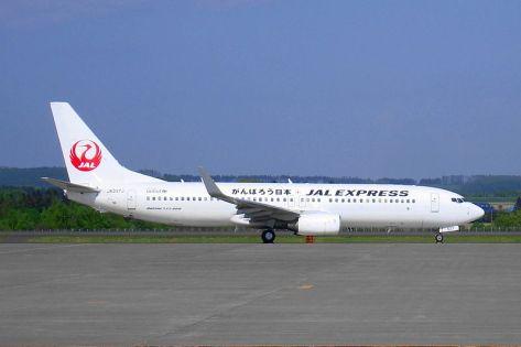 Boeing_737-800_(JAL_Express)_j-min